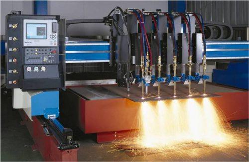 máy cắt plasma dùng khí gì